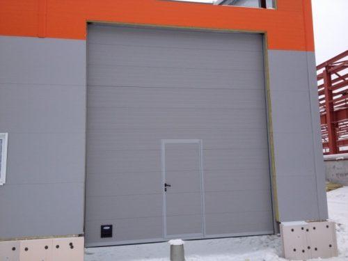 Промышленные секционные ворота г. Усть-Донецк